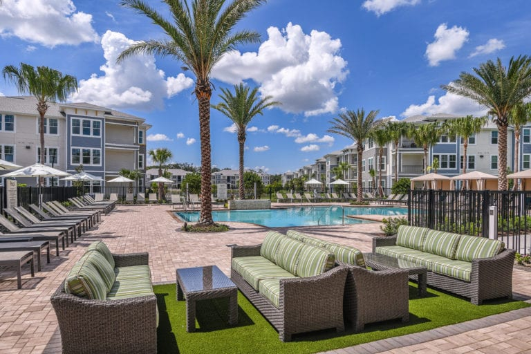 Pool and lounge of Lenox at Bloomingdale pet friendly luxury apartments in Riverview